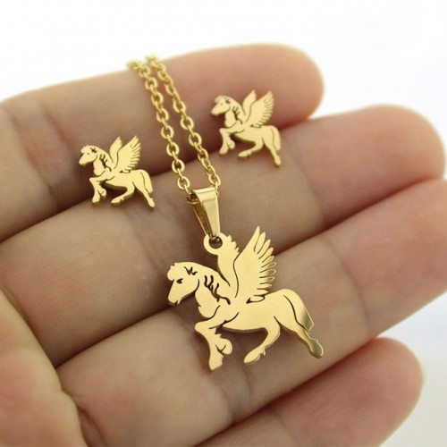 Cute Horse  Earrings and...