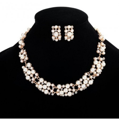 Cute Set of Necklace...
